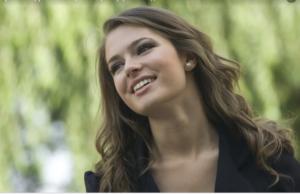 8 правил для тех, кто страдает от вьющихся волос